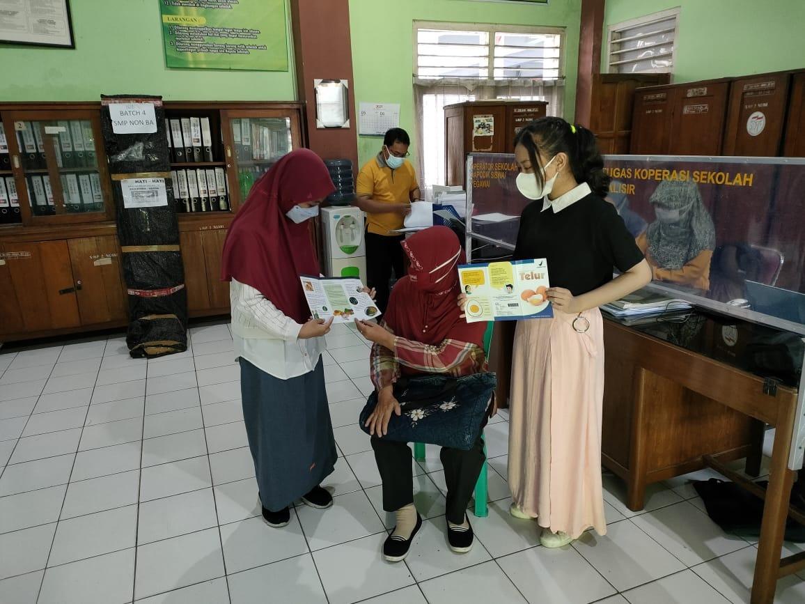 Kegiatan Kampanye Sekolah Keamanan Pangan antara Kader Junior dan Guru/Karyawan Sekolah